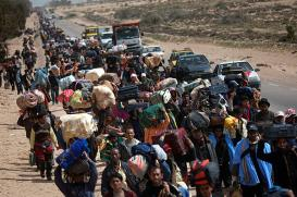 libyan-refugees-fleeing-the-violence